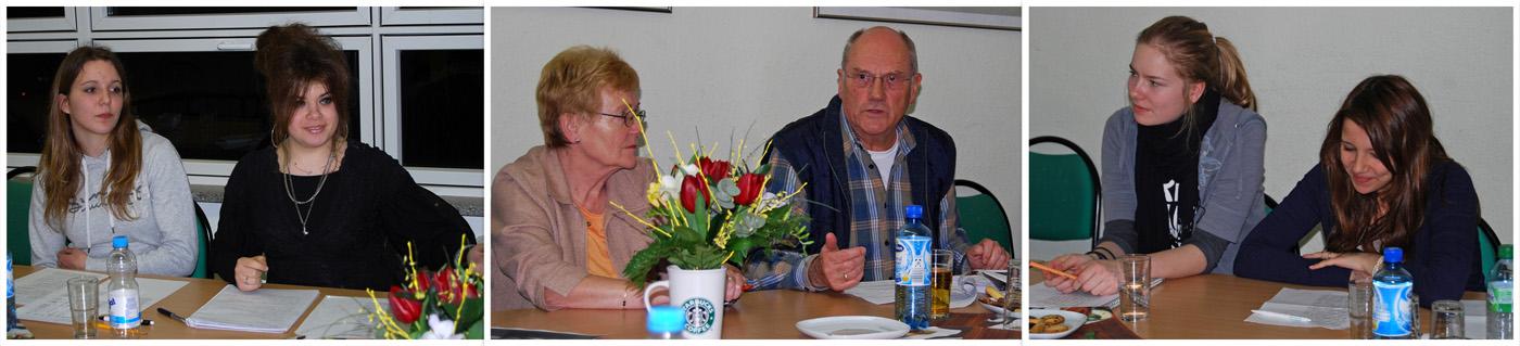 Im Interview: Herr Hoffmann und Frau (Mitte) und v.li.n.re. die Überflieger-Redakteurinnen Noreen, Tabatha, Helen und Norah.
