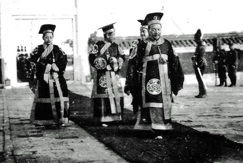 Chinesische Mandarine bzw. Minister um 1904