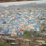 """Blick aus der Festung auf Jodhpur, die """"blaue Stadt"""" Indiens"""