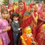 Mit einem grandiosen, farbenfrohen Fest - dem Bisket Jatra-Festival - wird in der nepalesischen Stadt Bhaktapur im April das neue Jahr begrüßt.