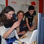 Radiochefin Laura (13. Klasse) und ihr Team begingen mit einem Extraprogramm den 15. Jahrestag des Schulradios.