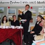 Der Musiker Johannes Brahms erzählt von seiner Verbundenheit zur Familie Schumann