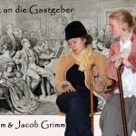 Tanja und Jule als Wilhelm und Jacob Grimm führten bravourös durch den Salonabend