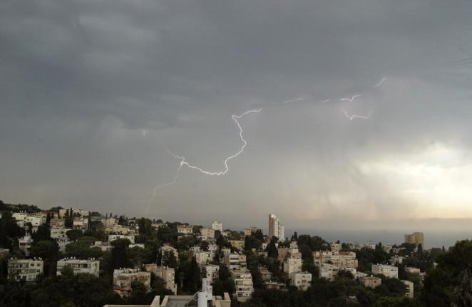 Haifa: Blick von Richards Dachterrasse